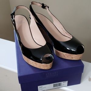 BLACK PATENT WEDGE